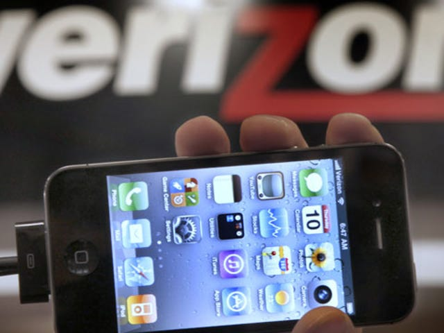 JailbreakMe Fix Available For Verizon iPhones Stuck at Apple logo