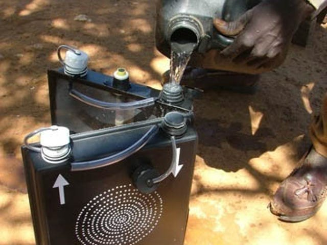 Solvatten Solar Jerrycan Purifies Water Using Nothing But Sunshine