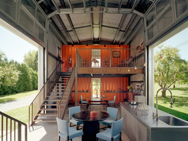 10 Houses Built From Unlikely Materials