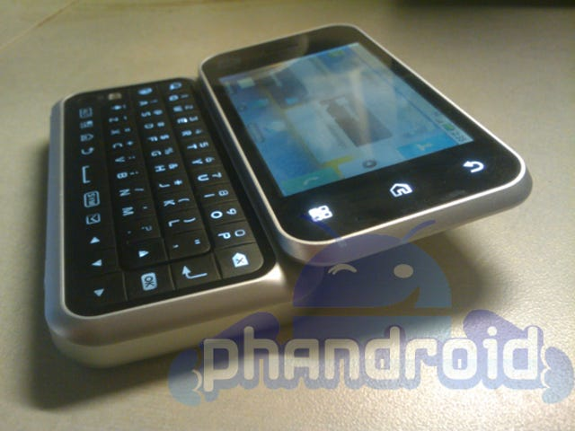 Leaked AT&T Android Phone Looks Unexpectedly Like a Crappier Motorola Cliq
