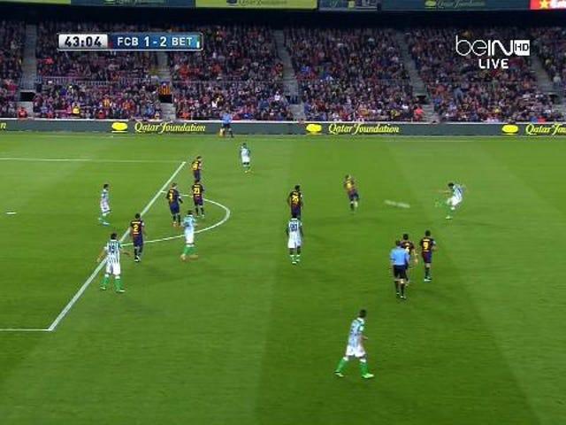 Rubén Pérez's Long-Distance Golazo Against Barcelona Is Just Ridiculous