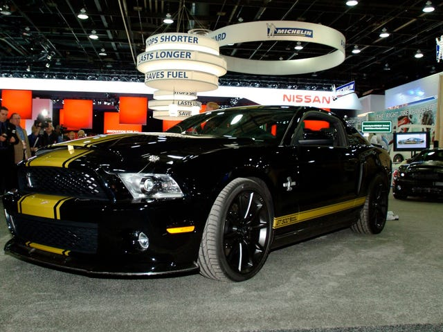 50th Anniversary Shelby GT500 Super Snake Gets Special Stickers, Same Amazing Power