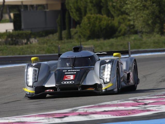 Audi R18 TDI gets a carbon fiber paint job