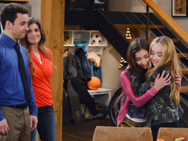 Girl Meets World Gets Series Order, Will Not Star Shawn's Bowl Cut
