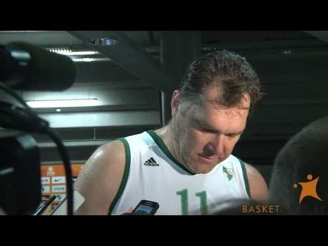 Arvydas Sabonis Plays Basketball, Is Huge