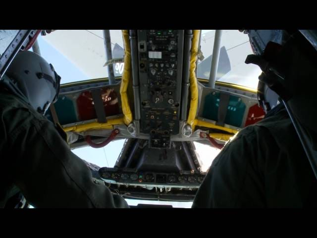 How to Fly a B-52 Stratofortress Bomber