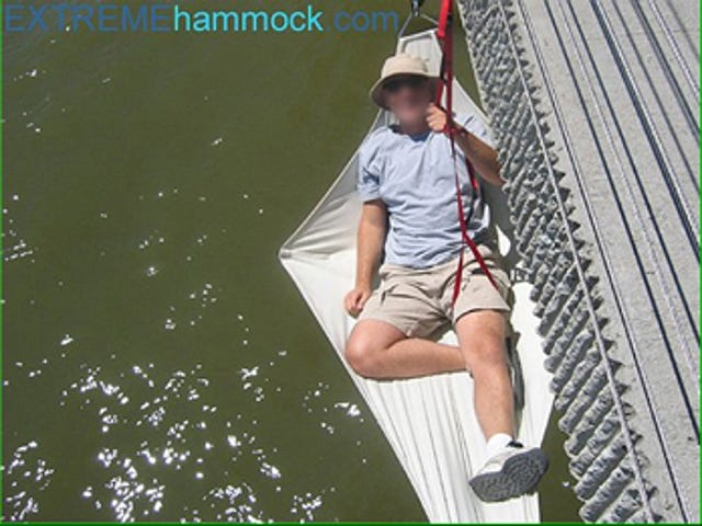 Extreme Hammocking