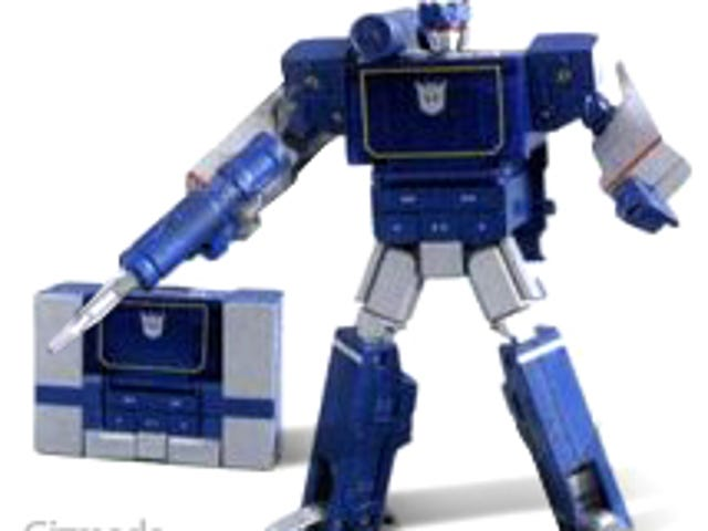 Soundwave Transformed into MP3 Player - Just Like We Predicted