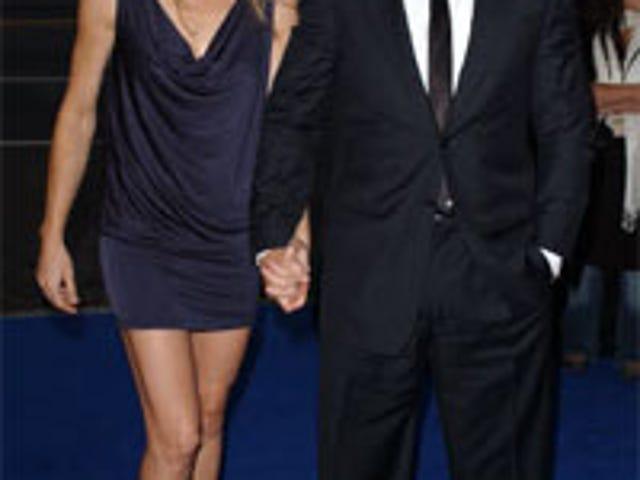 Sean Penn Maintains Bad-Boy Cred, Files For Divorce