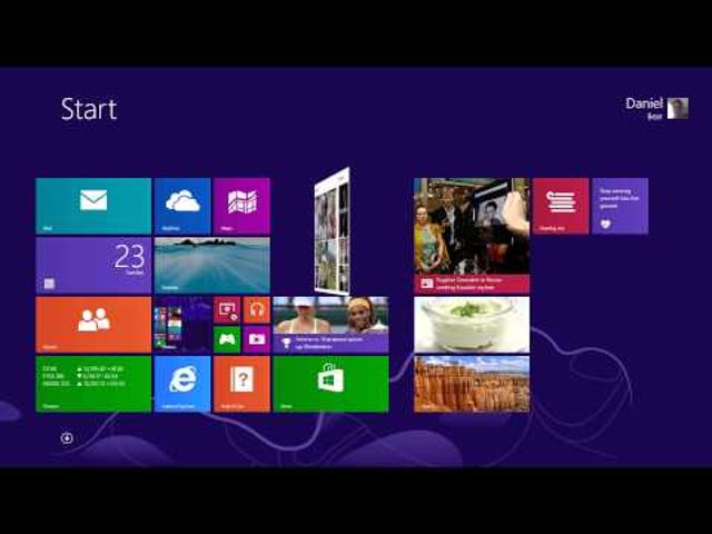 """Windows 8 WIll Get """"Official"""" Facebook and Flipboard Apps"""