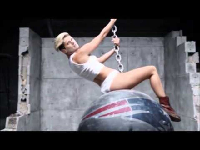 Look Upon The Horror That Is Tom Brady As Naked Miley Cyrus