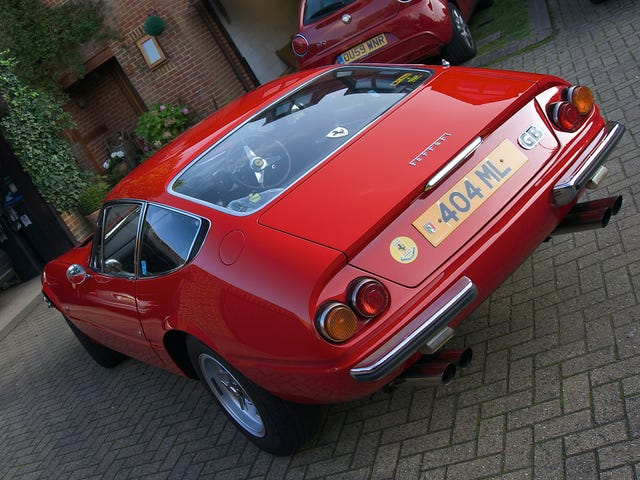 Another Ferrari Daytona picture with my new camera