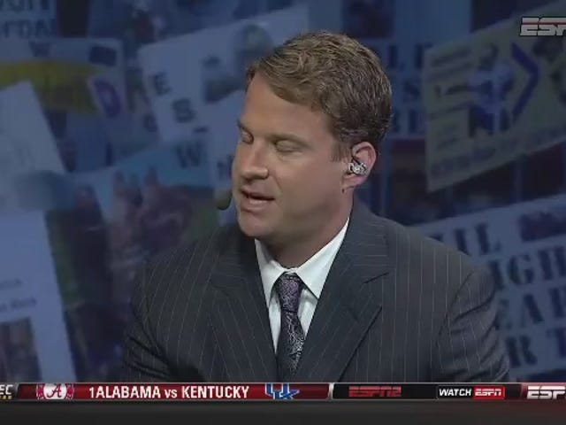 """""""You Got Fired"""": Huskies Fans Remind Lane Kiffin Why He's In Seattle"""