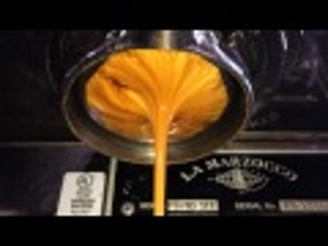 Watching espresso pouring in slow motion is so hypnotizing