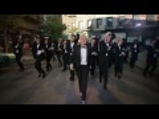 Ellen's New Oscars Promo: All-Singing All-Dancing Tuxedo Extravaganza