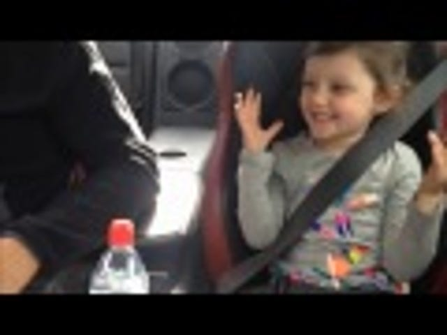 Daughter reacts so adorably when she asks her dad to drive super fast