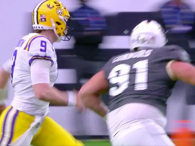 Things Went About As Poorly As Possible For LSU QB Joe Burrow On This Play
