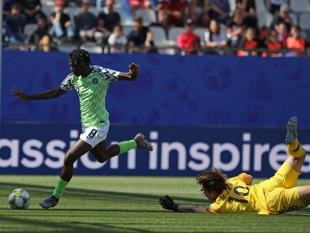 Nigerias Asisat Oshoala viser endelig verden, som hun er