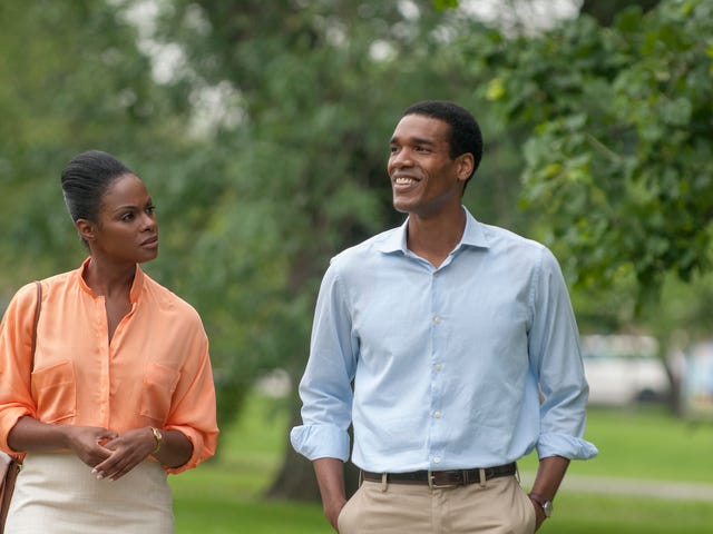 Five Quick Thoughts About The Stills From The Barack And Michelle Date Movie