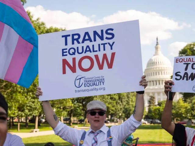 Dự luật Nam Dakota nhằm mục đích hình sự hóa phẫu thuật chuyển đổi giới tính cho người đứng đầu vị thành niên bỏ phiếu vào thứ Sáu