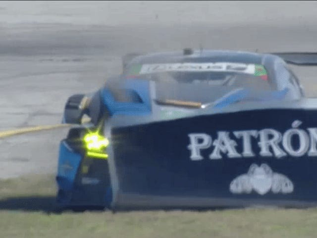 12 Hours Of Sebring Interrupted By Advertisement