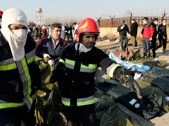 Tất cả những gì chúng ta biết về vụ tai nạn máy bay ở Iran đã giết chết 176 người