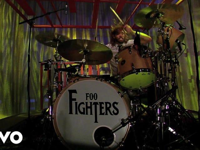 Трек: Everlong (Live) |  Виконавець: Foo Fighters |  Альбом: Колір та Форма