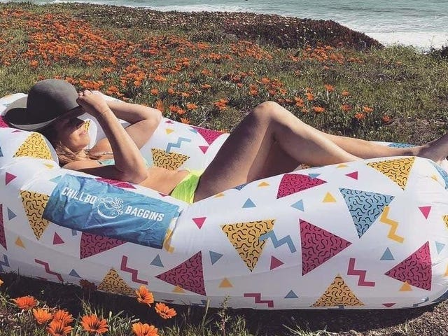Find et komfortabelt sæde hvor som helst med en nedsat Chillbo Shwaggins oppustelig sofa