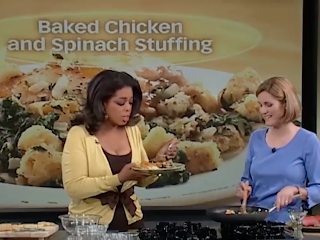 Oprah's Reaction to Eating This White Woman's Seasonless Chicken is All of Us
