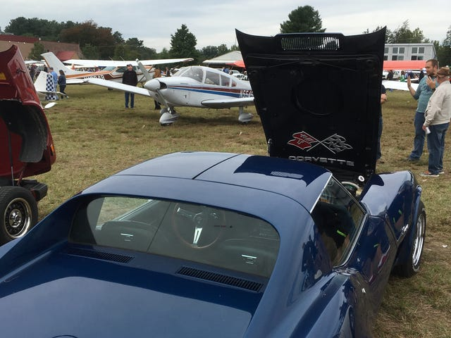 Fly-In > Cars And Coffee