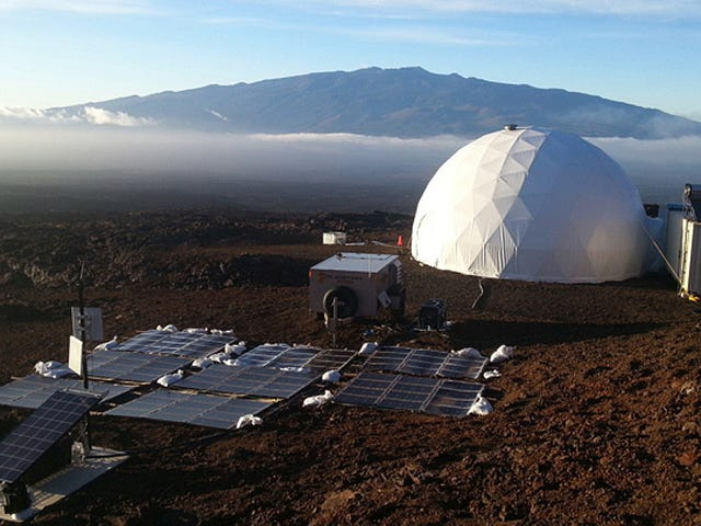 Relive These Scientists' Year Inside a Simulated Mars on a Hawaiian Volcano With This New Podcast