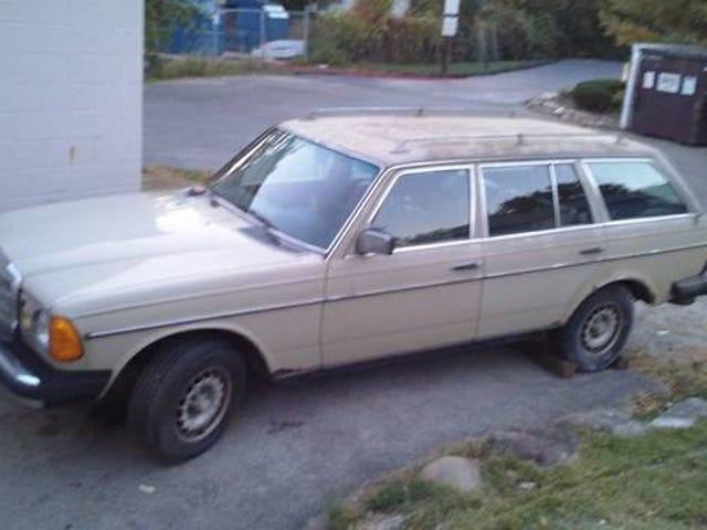 Checked out a W123 wagon