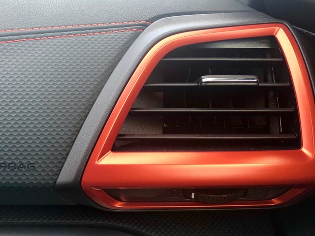 Guess the car based on the vent
