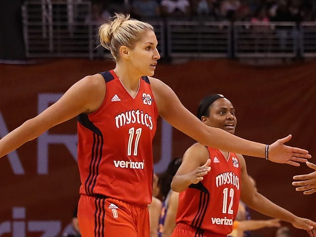 Elena Delle Donne Balled The Fuck Out On One Leg To Keep The Mystics' Postseason Alive