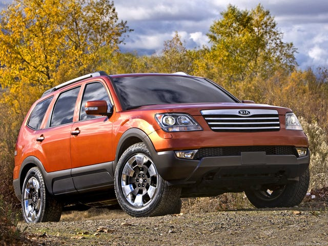 Forgotten Cars: Kia Borrego