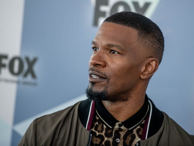 All Good in the Hood: Jamie Foxx Will Star in New Robin Hood Movie