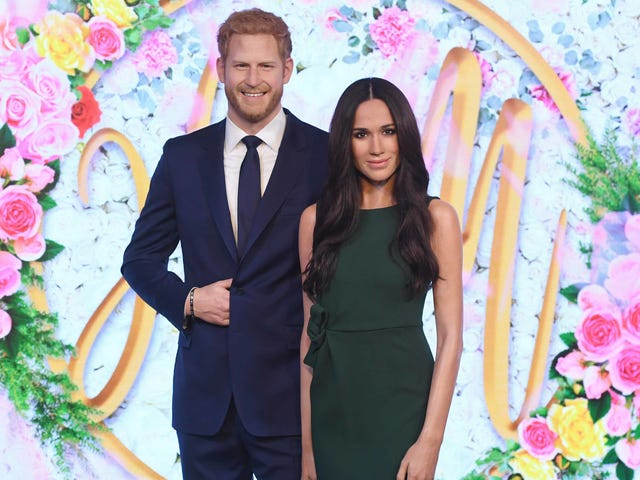 Harry and Meghan 2gether 4ever (as Wax Dummies at Madame Tussauds)
