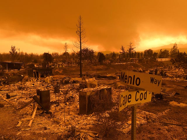 California's Devastating Carr Fire Is Now at Least 89,000 Acres, With Five Dead and More Missing