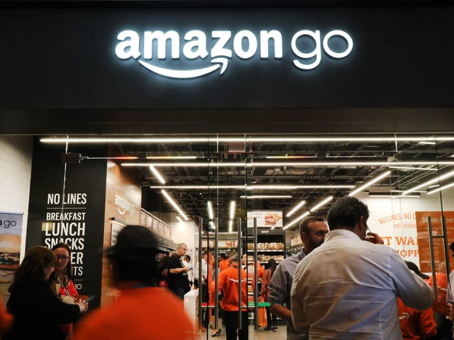 Amazon testaa itsepalvelua Starbucks lattes itsepalvelumyymälöissä
