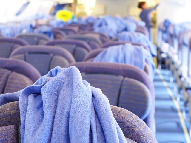 विमानों के बीच कितनी बार विमान साफ होते हैं