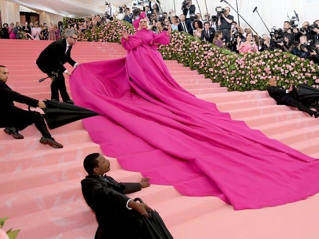 La mirada de Gala de Met a Lady Gaga es un verdadero estilo de jefe final