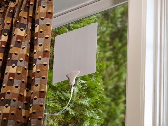 Cut the Cord With All-Time Low Pricing on Mohu HDTV Antennas