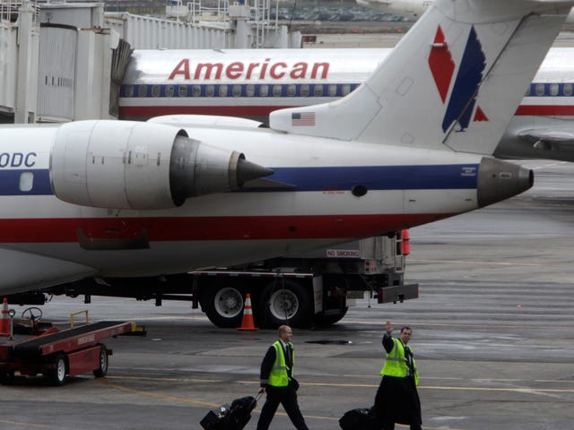 Nightmare Turbulence Injures 10 on American Airlines Flight, Covers Ceilings in Hot Coffee