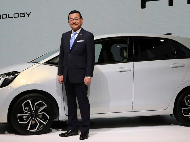 Le spectre fantomatique du PDG de Honda n'est toujours pas convaincu que les voitures électriques sont une chose