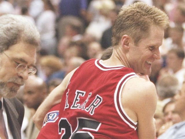 Steve Kerr And Phil Jackson Talk About Managing Player Egos And Baking Bread