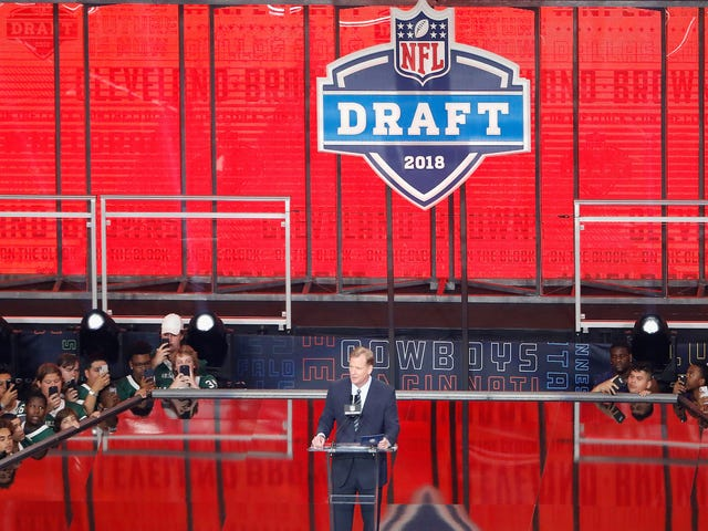 Here Are Your 2018 First-Round NFL Draft Picks