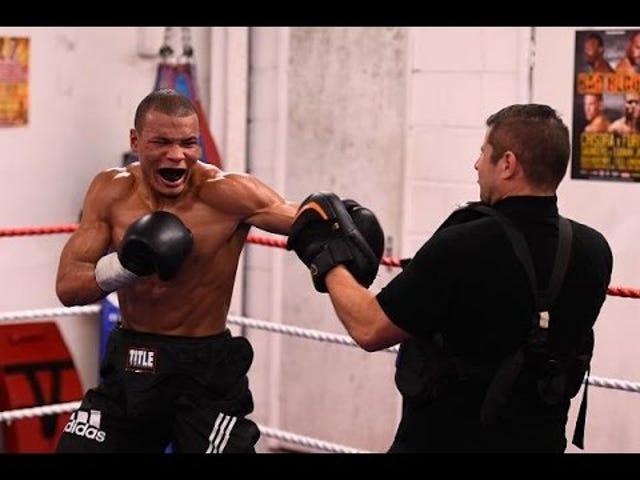 Боксер взорвался за избиение спарринг-партнера