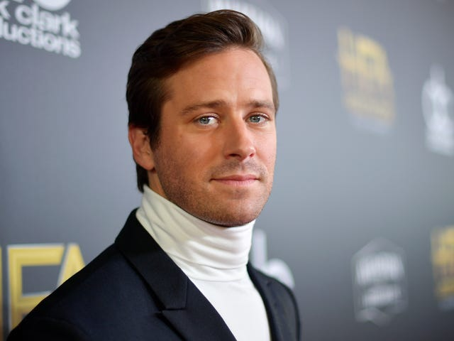 Armie Hammer Vows to Exercise Better 'Twitter Impulse Control'