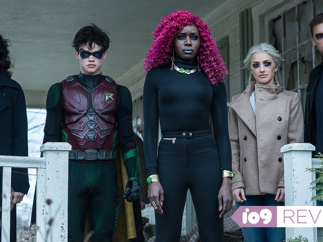 Titans' Season 2 Premiere Feels Like a Step Backwards for DC Universe