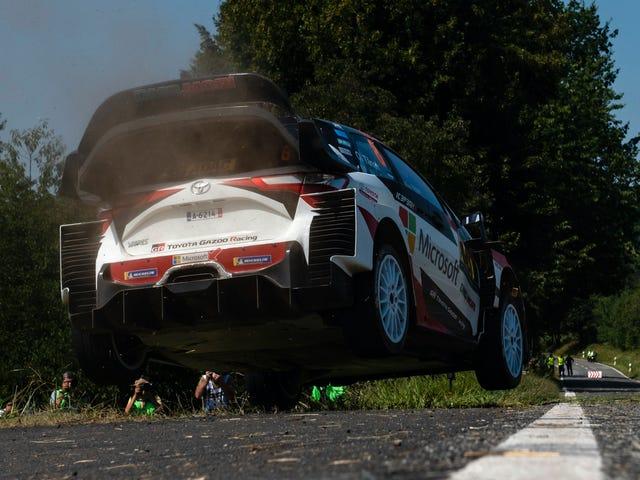 Tidak Ada yang Bisa Menyentuh Toyota Yaris Ini Sepanjang Akhir Pekan Lama Di WRC